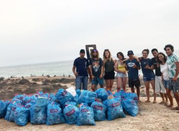 Beach clean-up Morocco Bluemind Surf Yoga Camp